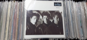 "a-ha ‎– Touchy! (Go-Go Mix) Warner Bros. Records ‎– W7749T  Vinyl, 12"", 45 RPM"