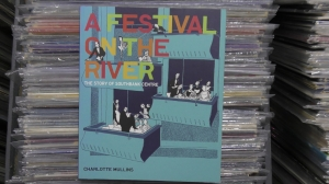 A Festival on the River: The Story of Southbank Centre Mullins, Charlotte ISBN 10: 0141034394  ISBN 13: 9780141034393