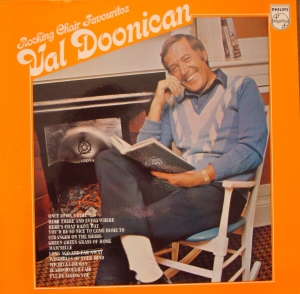 Val Doonican ‎– Rocking Chair Favourites 6326 035   Jazz, Pop Winyle